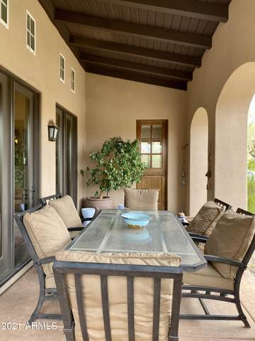 8886 E Mountain Spring Road, Scottsdale, AZ 85255 (MLS #6217069) :: Long Realty West Valley