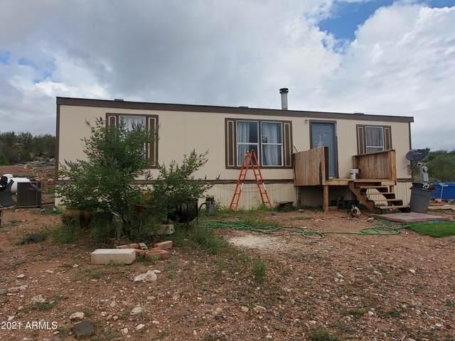 3300 E Millennium Way, Rimrock, AZ 86335 (MLS #6252276) :: Yost Realty Group at RE/MAX Casa Grande