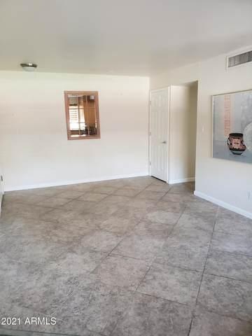 8221 E Garfield Street L104, Scottsdale, AZ 85257 (MLS #6260792) :: Jonny West Real Estate