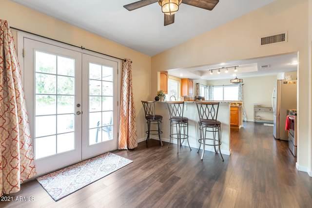 2234 E Sunnyside Drive, Phoenix, AZ 85028 (MLS #6301438) :: Fred Delgado Real Estate Group