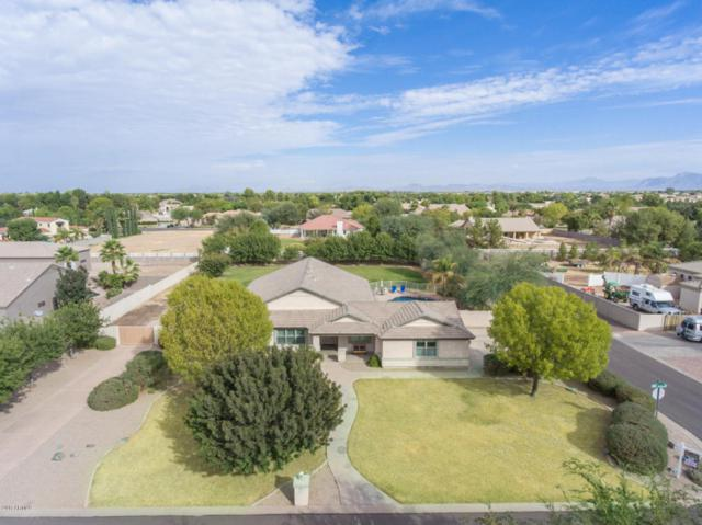 19880 E Calle De Flores, Queen Creek, AZ 85142 (MLS #5681570) :: Kortright Group - West USA Realty