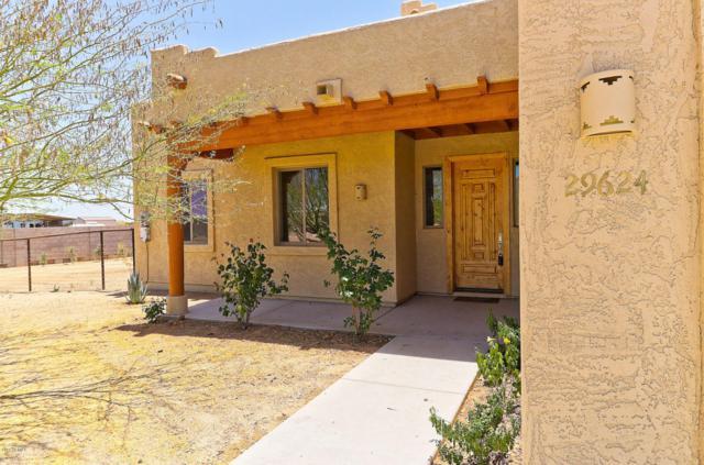 29624 N 208TH Lane, Wittmann, AZ 85361 (MLS #5775985) :: Brett Tanner Home Selling Team