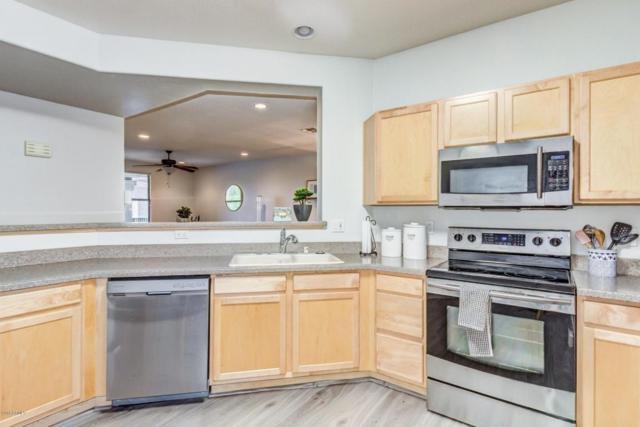 15221 N Clubgate Drive #2128, Scottsdale, AZ 85254 (MLS #5796604) :: Brett Tanner Home Selling Team