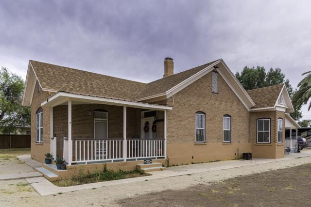 44 S Willow Street, Florence, AZ 85132 (MLS #5912781) :: Riddle Realty