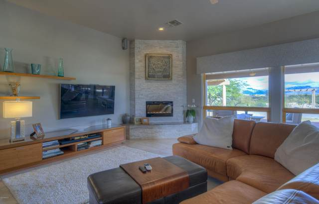 20910 W Cattle Iron Drive, Wickenburg, AZ 85390 (MLS #6013091) :: Arizona Home Group