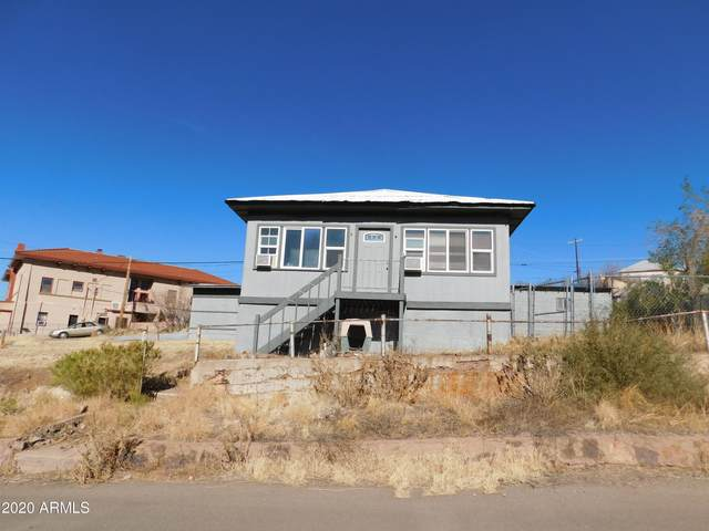 303 Van Dyke Street, Bisbee, AZ 85603 (MLS #6172984) :: Yost Realty Group at RE/MAX Casa Grande