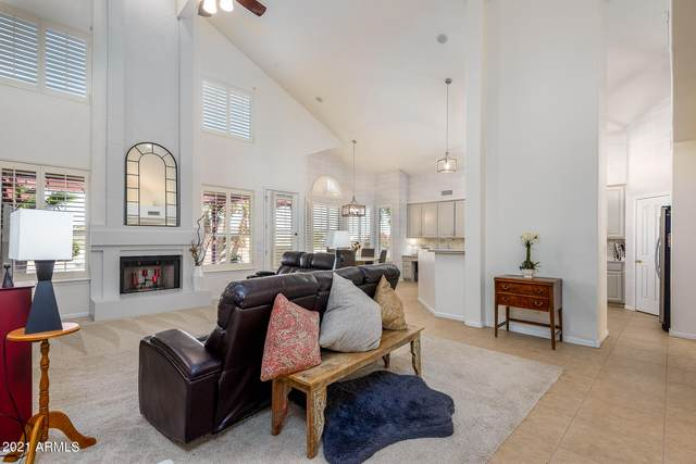 15825 S 13th Avenue, Phoenix, AZ 85045 (MLS #6271150) :: Keller Williams Realty Phoenix