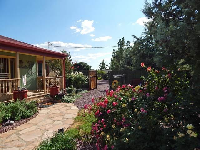 6673 W Gleeson Road, Elfrida, AZ 85610 (MLS #6138226) :: Yost Realty Group at RE/MAX Casa Grande