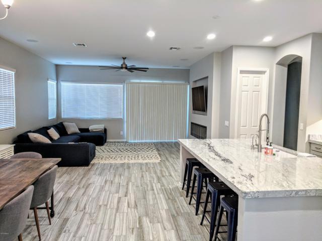 2941 S Jeffry Street, Gilbert, AZ 85295 (MLS #5847805) :: The Daniel Montez Real Estate Group