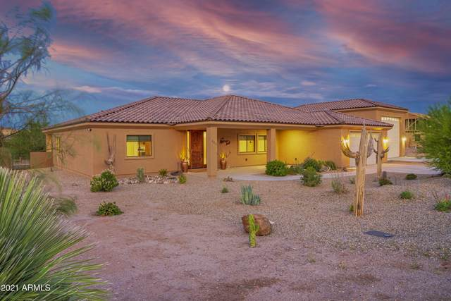 265 Shawnee Drive, Wickenburg, AZ 85390 (MLS #6237711) :: The Daniel Montez Real Estate Group