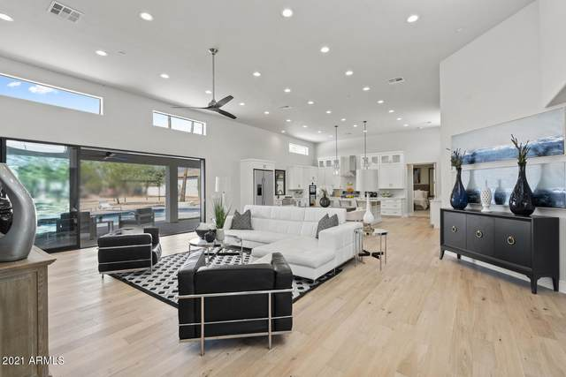 9626 E Kalil Drive, Scottsdale, AZ 85260 (MLS #6249842) :: CANAM Realty Group