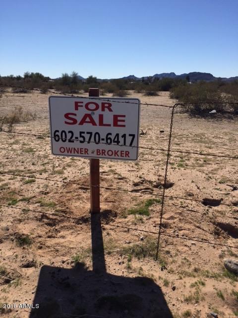 42718 W 72 Street, Bouse, AZ 85325 (MLS #4094138) :: Brett Tanner Home Selling Team