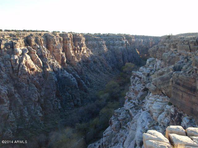Sec.1 Chevelon Creek, Winslow, AZ 86047 (MLS #5283841) :: The Garcia Group @ My Home Group