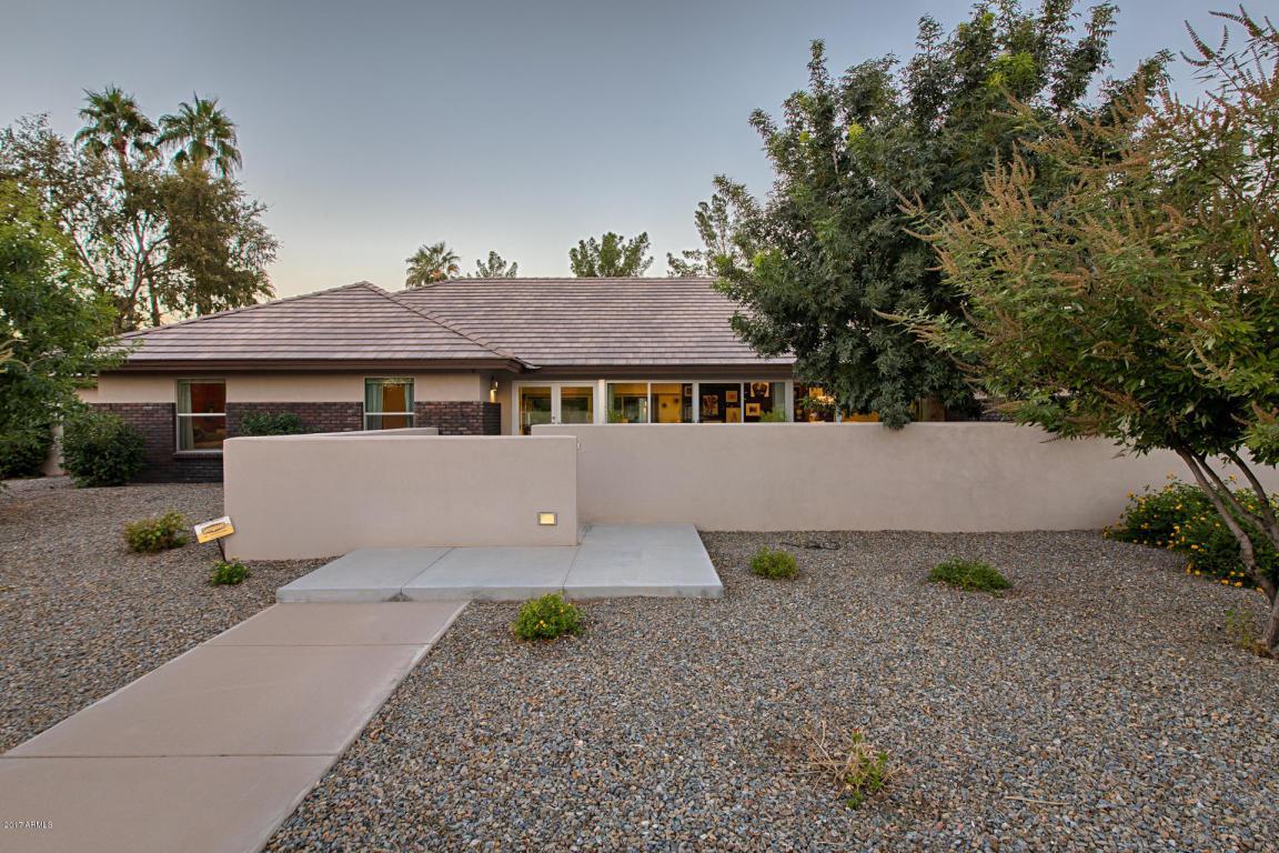 8824 S Poplar Street, Tempe, AZ 85284 (MLS #5545980) :: Sibbach Team - Realty One Group