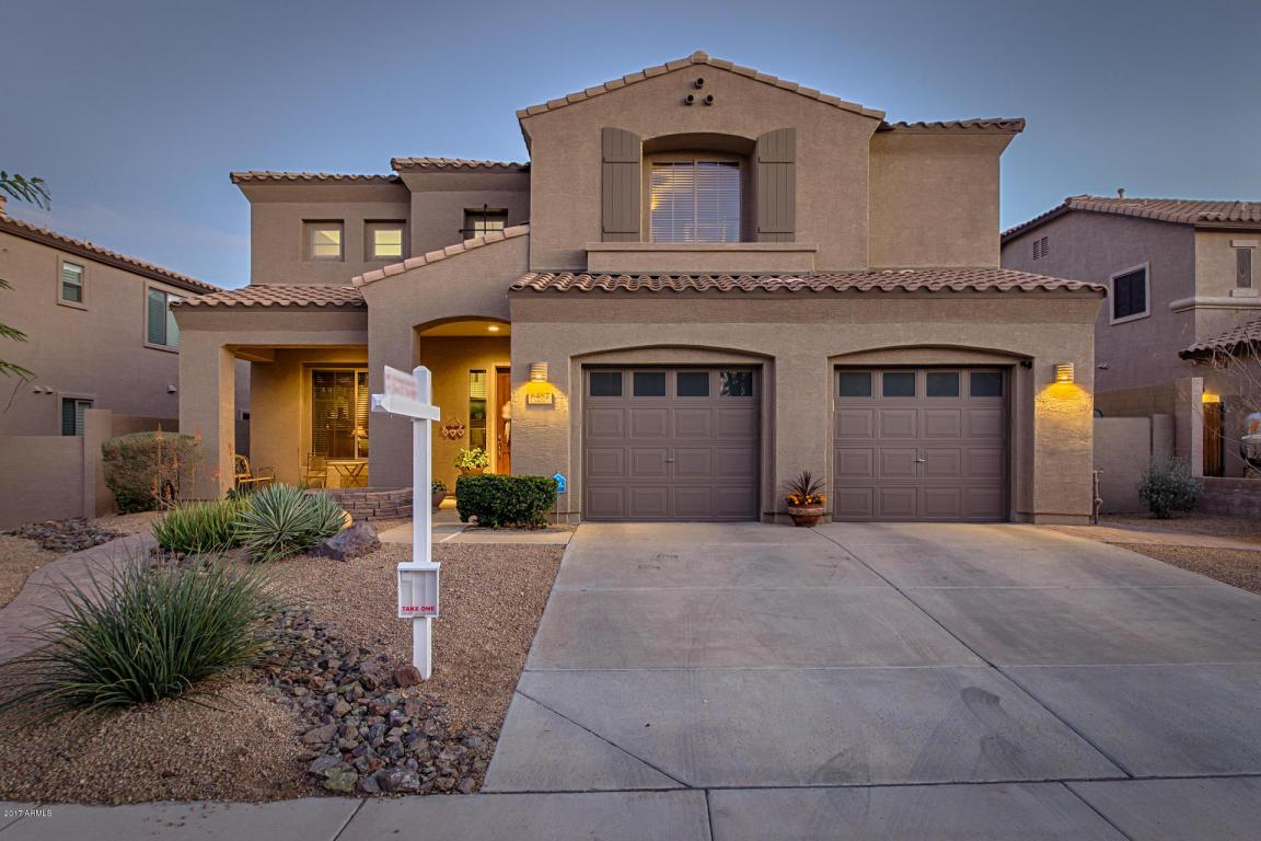 8487 W Coyote Drive, Peoria, AZ 85383 (MLS #5555696) :: Sibbach Team - Realty One Group