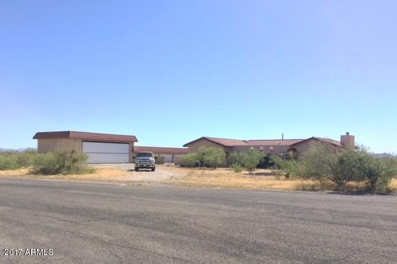 48404 N Black Eagle Road, Aguila, AZ 85320 (MLS #5619547) :: My Home Group