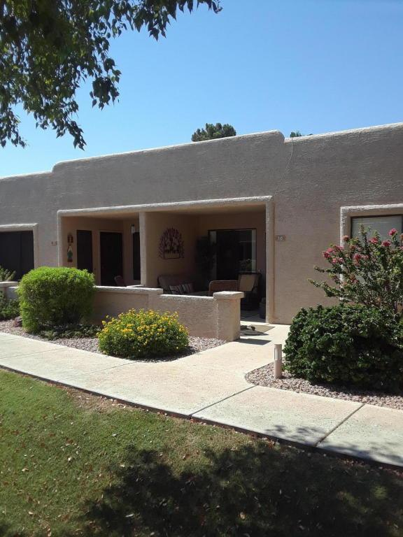 14300 W Bell Road #10, Surprise, AZ 85374 (MLS #5624667) :: Kortright Group - West USA Realty