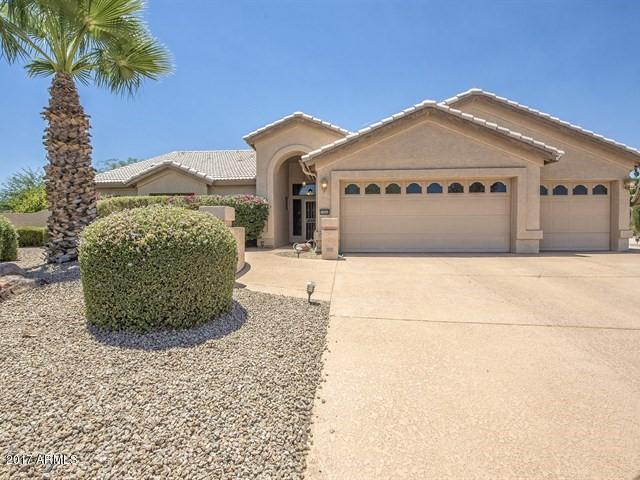15664 W Whitton Avenue, Goodyear, AZ 85395 (MLS #5625207) :: RE/MAX Home Expert Realty