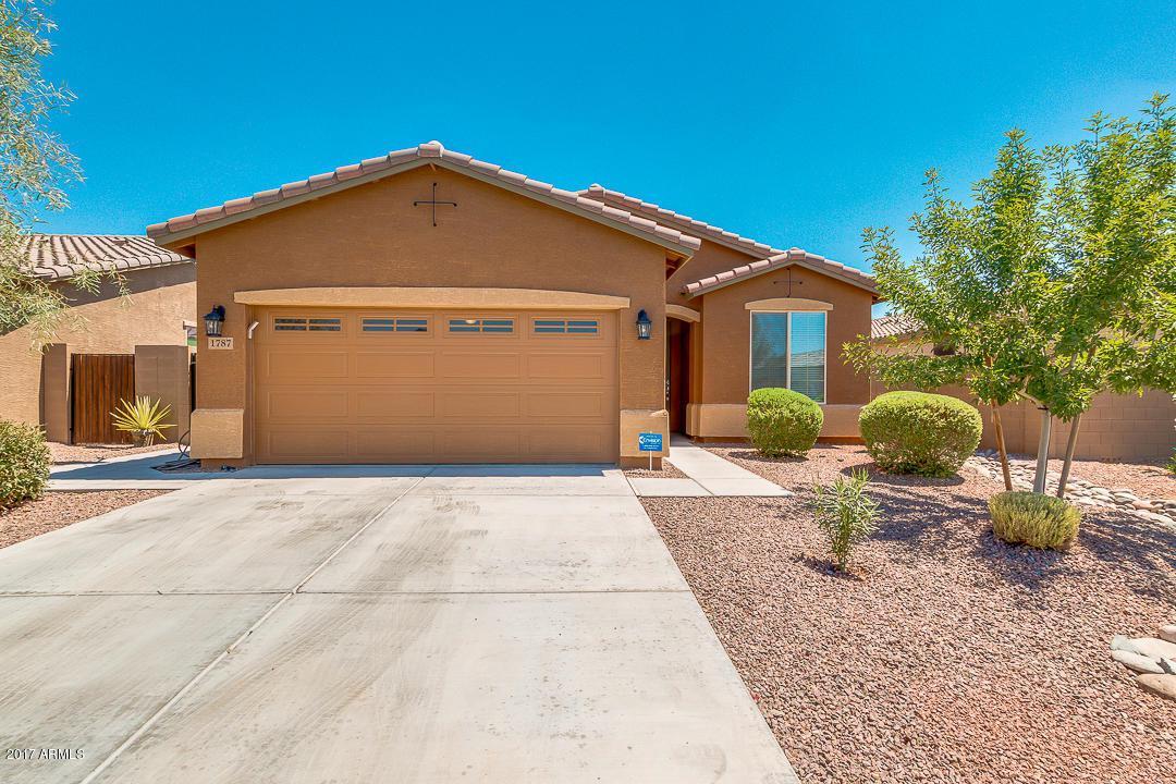 1787 W Desert Spring Way, San Tan Valley, AZ 85142 (MLS #5628319) :: Revelation Real Estate
