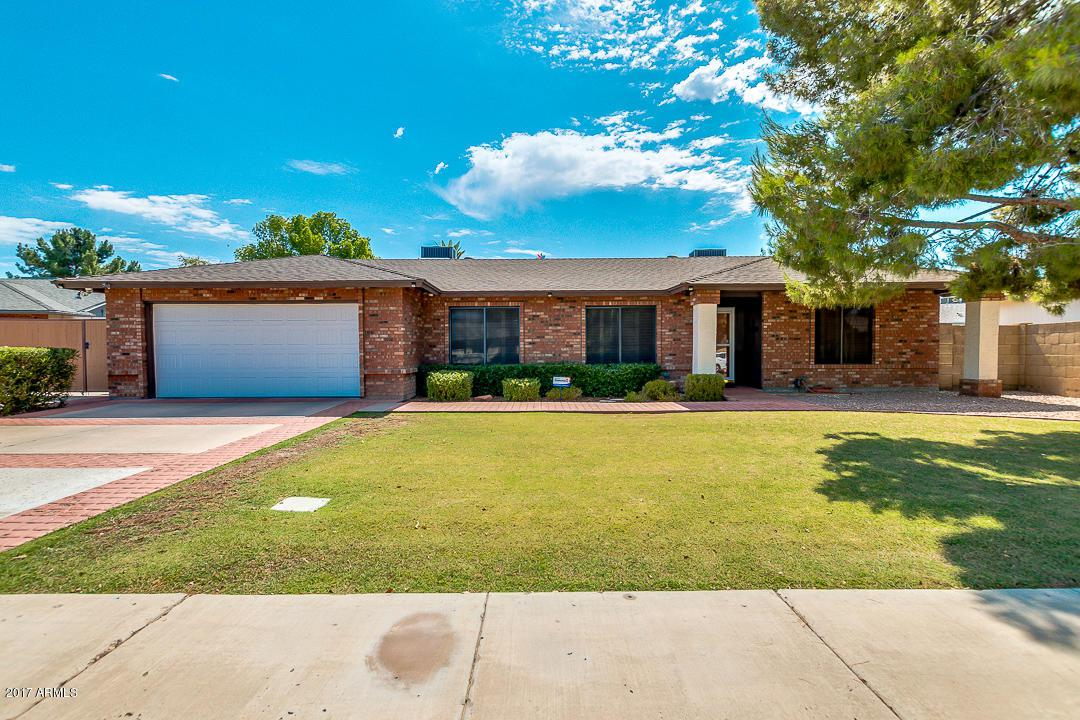 19207 N 34TH Avenue, Phoenix, AZ 85027 (MLS #5629162) :: Revelation Real Estate
