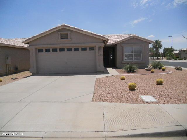 1351 E La Costa Drive, Chandler, AZ 85249 (MLS #5635399) :: The Daniel Montez Real Estate Group