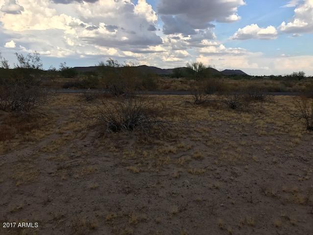 7706 W Camino De Oro Avenue, Peoria, AZ 85383 (MLS #5636528) :: Devor Real Estate Associates