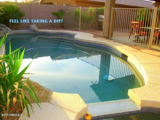 7033 W Cavalier Drive, Glendale, AZ 85303 (MLS #5636641) :: Santizo Realty Group