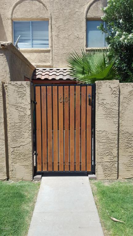 948 S Alma School Road #60, Mesa, AZ 85210 (MLS #5638037) :: Cambridge Properties
