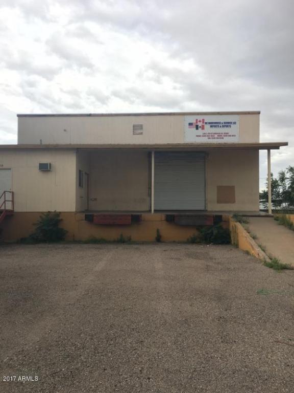 219 E 4th Street, Douglas, AZ 85607 (MLS #5641890) :: My Home Group