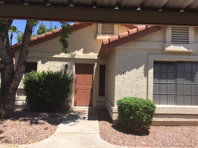 1120 N Val Vista Drive #41, Gilbert, AZ 85234 (MLS #5647316) :: Essential Properties, Inc.