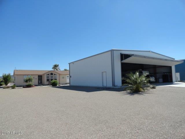 66650 Indian Hills Way, Salome, AZ 85348 (MLS #5647888) :: The Garcia Group @ My Home Group