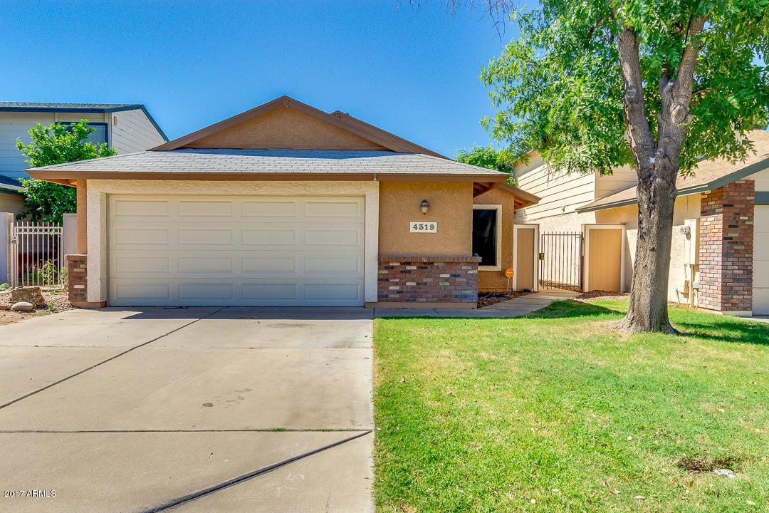 4319 E Contessa Street, Mesa, AZ 85205 (MLS #5655591) :: Revelation Real Estate