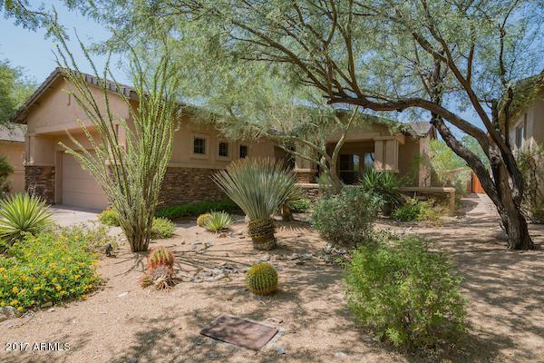 9090 E Mohawk Lane, Scottsdale, AZ 85255 (MLS #5656300) :: Lux Home Group at  Keller Williams Realty Phoenix
