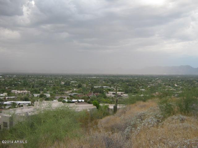 4608 E White Drive, Paradise Valley, AZ 85253 (MLS #5656320) :: My Home Group