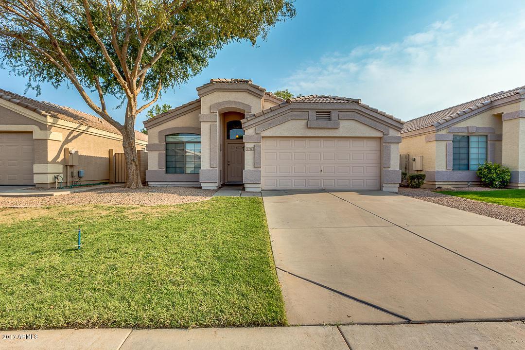 1727 E Saratoga Street, Gilbert, AZ 85296 (MLS #5657597) :: Revelation Real Estate
