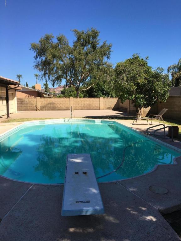 3001 N 49TH Court, Phoenix, AZ 85018 (MLS #5662164) :: Lux Home Group at  Keller Williams Realty Phoenix