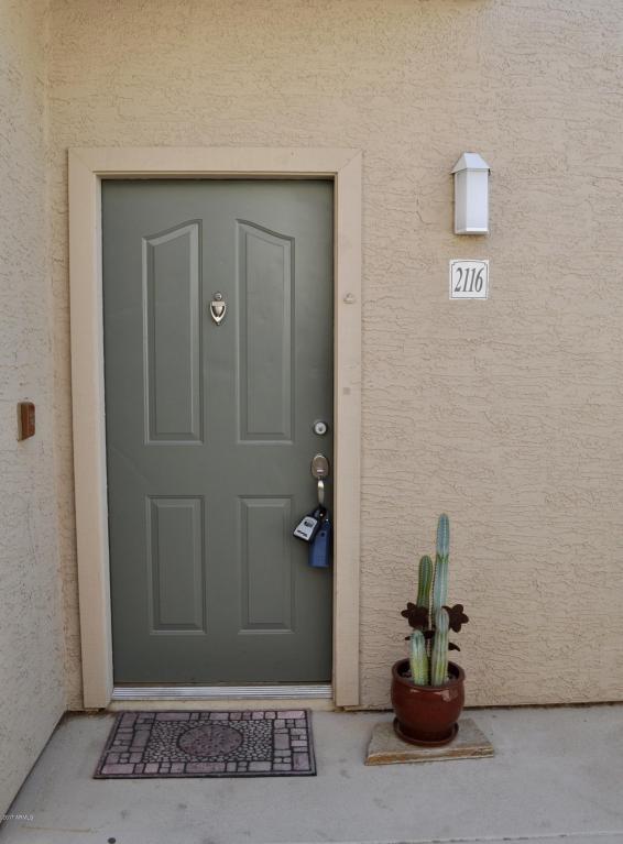 16013 S Desert Foothills Parkway #2116, Phoenix, AZ 85048 (MLS #5675140) :: 10X Homes