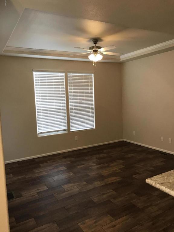 2460 E Main Street G05, Mesa, AZ 85213 (MLS #5677238) :: Brett Tanner Home Selling Team