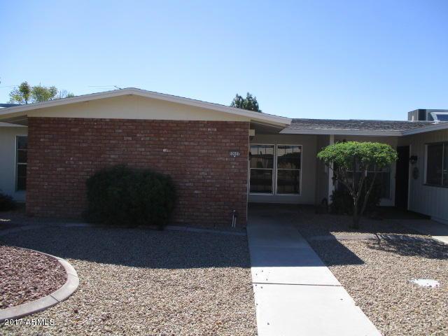 10507 W Palmeras Drive, Sun City, AZ 85373 (MLS #5682404) :: 10X Homes