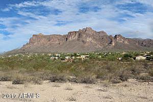 0 N Roadrunner Road, Apache Junction, AZ 85119 (MLS #5683349) :: Occasio Realty