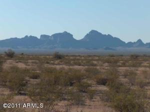 0 W Pecos Road, Tonopah, AZ 85354 (MLS #5684470) :: Brett Tanner Home Selling Team