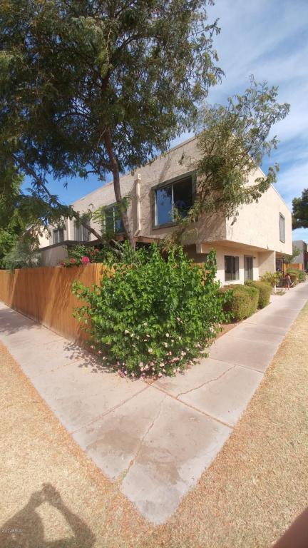 5985 W Townley Avenue, Glendale, AZ 85302 (MLS #5686814) :: Realty Executives