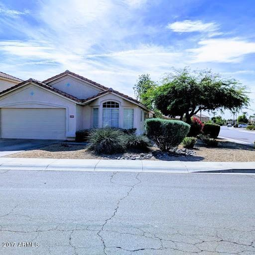 13139 W Virginia Court, Goodyear, AZ 85395 (MLS #5689686) :: Santizo Realty Group