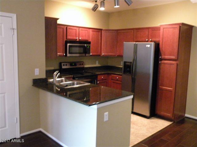7009 E Acoma Drive #1015, Scottsdale, AZ 85254 (MLS #5691010) :: Revelation Real Estate