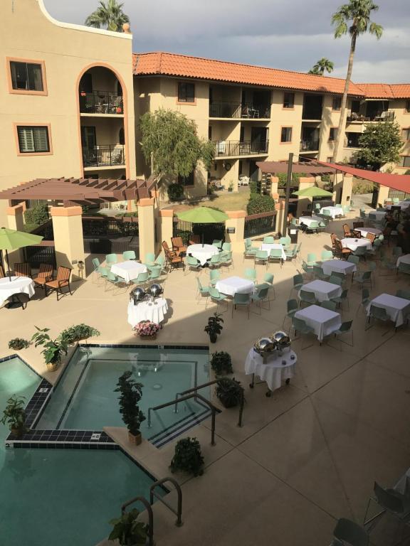 10330 W Thunderbird Boulevard A117, Sun City, AZ 85351 (MLS #5693058) :: Private Client Team