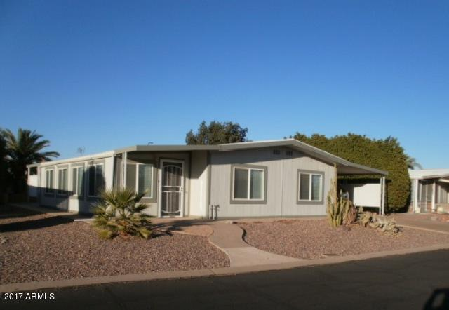 8266 E Dolphin Avenue, Mesa, AZ 85208 (MLS #5697184) :: Kelly Cook Real Estate Group
