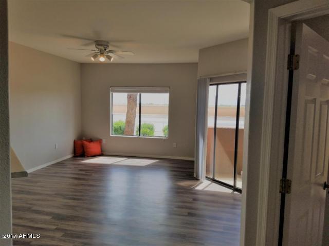 10030 W Indian School Road #118, Phoenix, AZ 85037 (MLS #5699504) :: 10X Homes