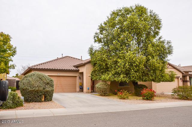 1200 W Desert Hollow Drive, San Tan Valley, AZ 85143 (MLS #5699716) :: Kortright Group - West USA Realty