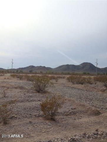 --- Metes & Bounds, Tonopah, AZ 85354 (MLS #5699822) :: Kortright Group - West USA Realty