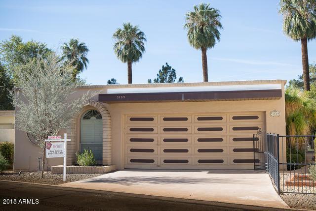 3139 N 48th Street, Phoenix, AZ 85018 (MLS #5712051) :: Sibbach Team - Realty One Group